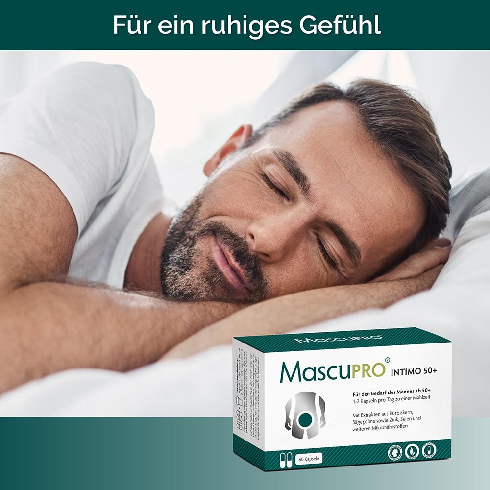 Mann der ruhig schlafen kann mit Intimo 50+